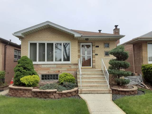 6105 W 63rd Place, Chicago, IL 60638 (MLS #11086009) :: Littlefield Group