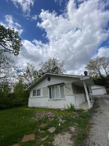 5630 Clarendon Hills Road, Clarendon Hills, IL 60514 (MLS #11086042) :: Helen Oliveri Real Estate