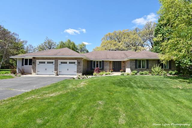 2S588 Deerpath Road, Batavia, IL 60510 (MLS #11086092) :: Ryan Dallas Real Estate
