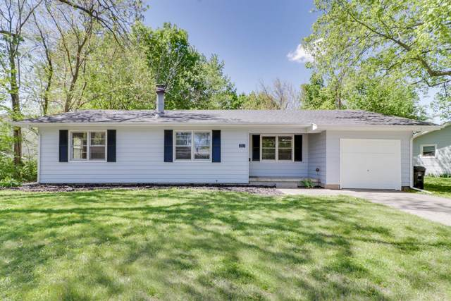 213 Magnolia Drive, Bloomington, IL 61701 (MLS #11086169) :: Helen Oliveri Real Estate