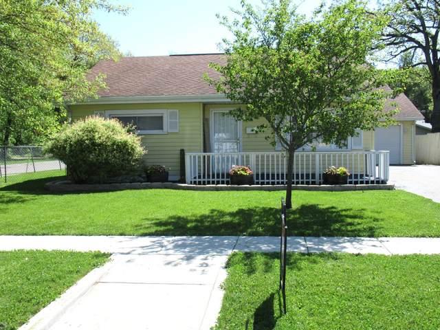 1408 Douglas Drive, Sterling, IL 61081 (MLS #11086681) :: Helen Oliveri Real Estate