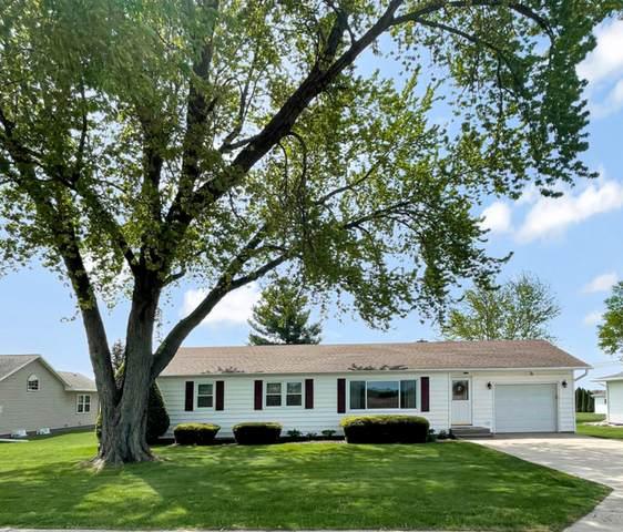 1923 E Currier Road, Freeport, IL 61032 (MLS #11087302) :: Helen Oliveri Real Estate
