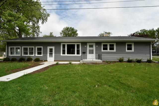 121 E Kerr Street, Sycamore, IL 60178 (MLS #11087329) :: Littlefield Group