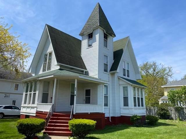 208 W Pells Street, Paxton, IL 60957 (MLS #11087464) :: Littlefield Group