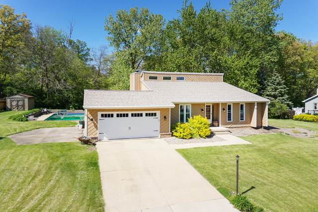 19336 Inverness Court, Bloomington, IL 61705 (MLS #11087813) :: BN Homes Group