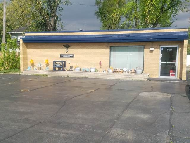840 N 5th Avenue, Kankakee, IL 60901 (MLS #11087853) :: Helen Oliveri Real Estate