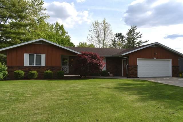 502 Ridge Lane, Eureka, IL 61530 (MLS #11088104) :: Helen Oliveri Real Estate