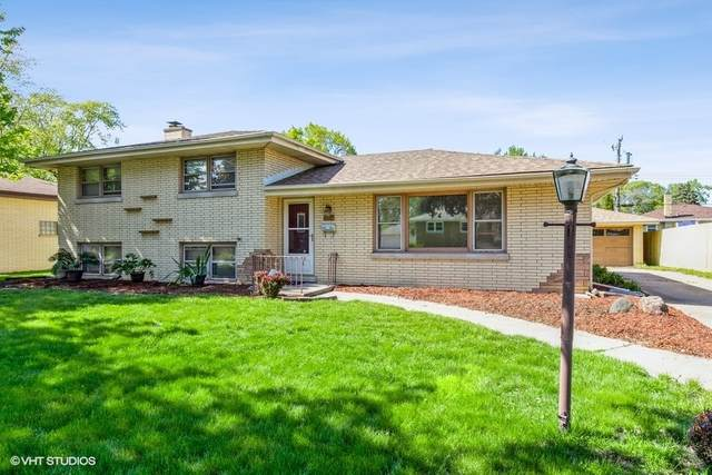 2326 184th Place, Lansing, IL 60438 (MLS #11088291) :: Schoon Family Group