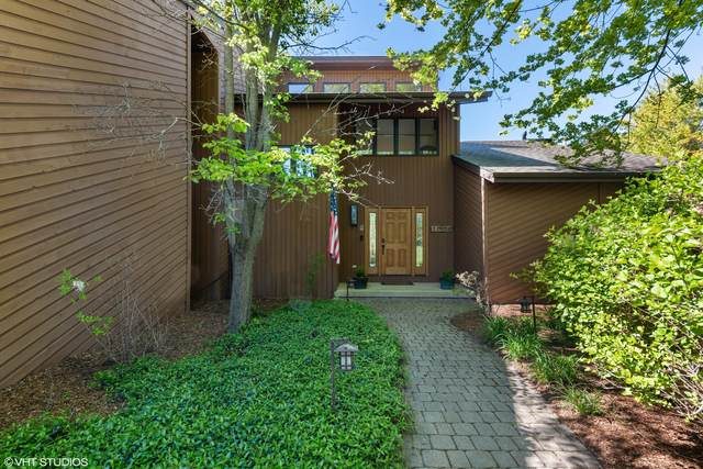 24572 N Kelsey Road, Lake Barrington, IL 60010 (MLS #11088714) :: Helen Oliveri Real Estate