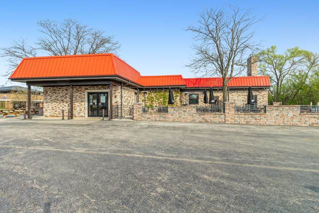 241 S Milwaukee Avenue, Wheeling, IL 60090 (MLS #11088726) :: Ani Real Estate