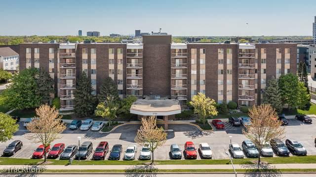 2201 S Grace Street #407, Lombard, IL 60148 (MLS #11089096) :: RE/MAX IMPACT