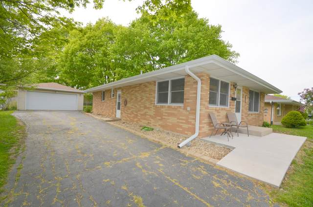 1466 S Deming Avenue S, Freeport, IL 61032 (MLS #11089648) :: Helen Oliveri Real Estate