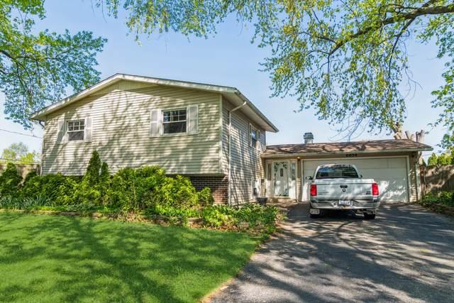 6854 Longmeadow Lane, Hanover Park, IL 60133 (MLS #11089795) :: Schoon Family Group