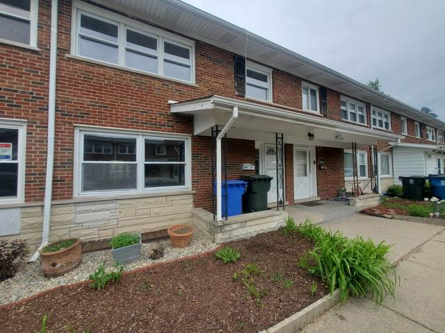 902 N Boxwood Drive B, Mount Prospect, IL 60056 (MLS #11089880) :: Touchstone Group
