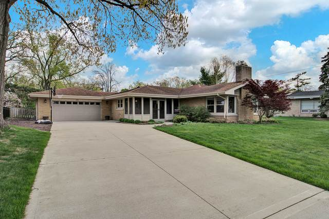 450 E Oriole Avenue, Elmhurst, IL 60126 (MLS #11091976) :: Littlefield Group