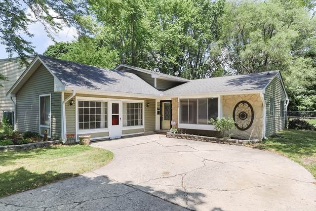 608 S 11th Avenue, St. Charles, IL 60174 (MLS #11092182) :: John Lyons Real Estate