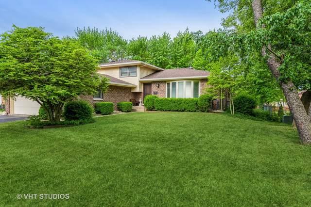542 Eletson Drive, Crystal Lake, IL 60014 (MLS #11092369) :: Littlefield Group