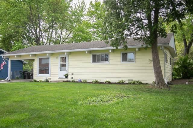 883 Dunbar Road, Mundelein, IL 60060 (MLS #11093569) :: BN Homes Group
