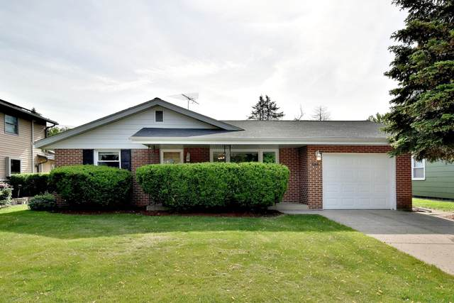 1171 Blackhawk Drive, Elgin, IL 60120 (MLS #11095768) :: BN Homes Group