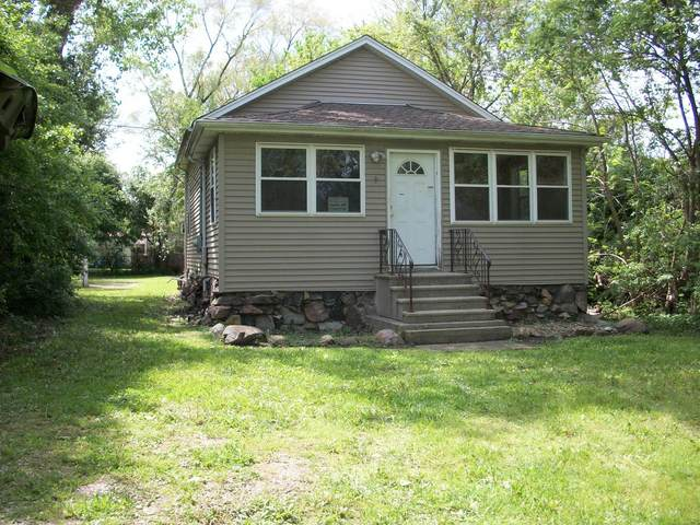 3928 143rd Street, Crestwood, IL 60418 (MLS #11097419) :: Schoon Family Group
