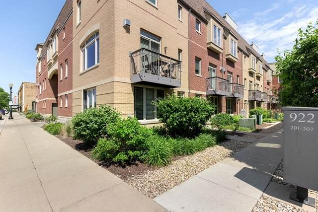 922 Warren Avenue #305, Downers Grove, IL 60515 (MLS #11098449) :: John Lyons Real Estate