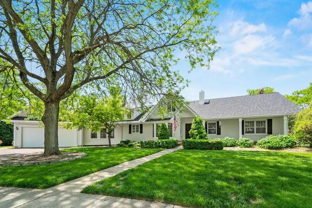 2501 Dunham Woods Court, St. Charles, IL 60174 (MLS #11098861) :: BN Homes Group
