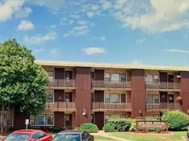 9604 W Higgins Road 2D, Rosemont, IL 60018 (MLS #11099253) :: Jacqui Miller Homes