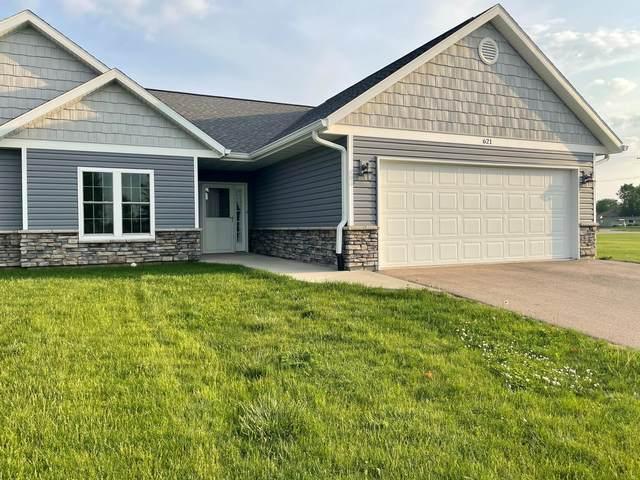621 Hewitt Street, Forreston, IL 61030 (MLS #11099754) :: Jacqui Miller Homes