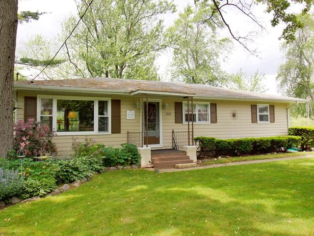 1322 N Riverside Drive, Momence, IL 60954 (MLS #11101305) :: O'Neil Property Group