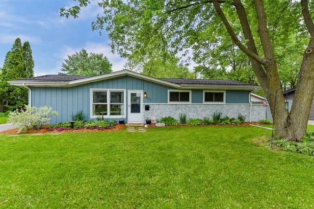 408 Spruce Street, North Aurora, IL 60542 (MLS #11103133) :: Helen Oliveri Real Estate
