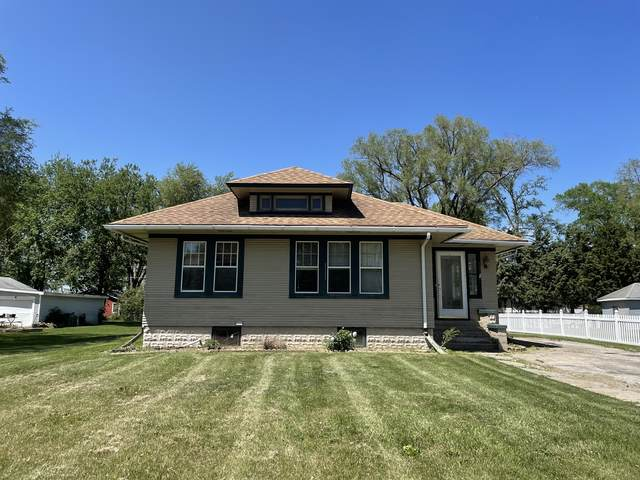 107 W Park Street, Elwood, IL 60421 (MLS #11103379) :: BN Homes Group