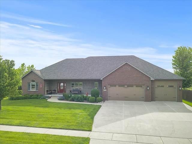 2701 Lone Oak Road, Bloomington, IL 61705 (MLS #11105727) :: O'Neil Property Group