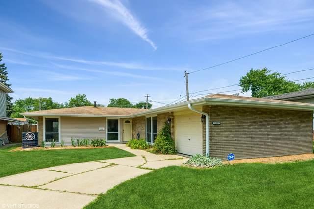 5555 Ann Marie Lane, Oak Forest, IL 60452 (MLS #11106024) :: Schoon Family Group