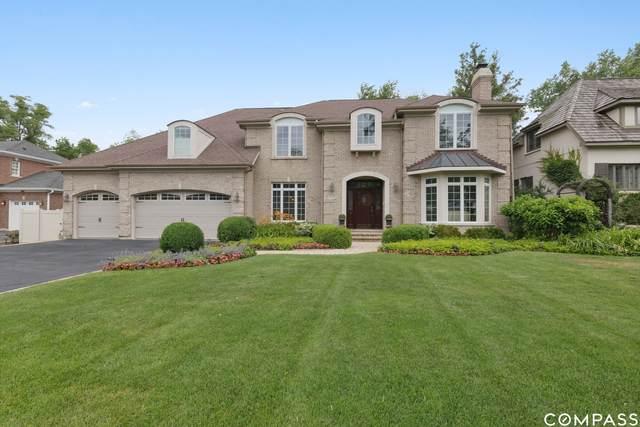 926 Pleasant Lane, Glenview, IL 60025 (MLS #11106703) :: Lewke Partners