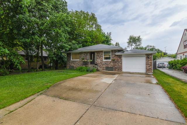 830 Lange Street, Mundelein, IL 60060 (MLS #11107467) :: Charles Rutenberg Realty