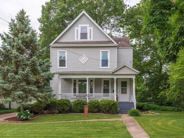1217 E Washington Street, Bloomington, IL 61701 (MLS #11109343) :: BN Homes Group