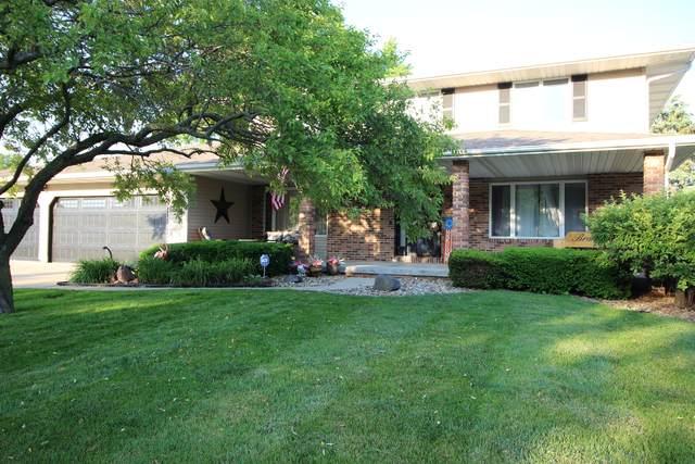 402 Chelsea Drive, Bloomington, IL 61704 (MLS #11110713) :: Jacqui Miller Homes