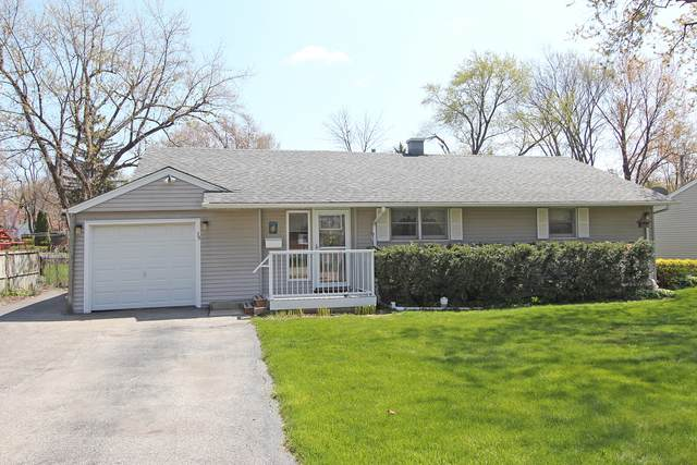 39 Golfview Road, Lake Zurich, IL 60047 (MLS #11112530) :: The Spaniak Team