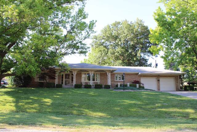 35 Cypress Drive, CLINTON, IL 61727 (MLS #11112813) :: The Wexler Group at Keller Williams Preferred Realty