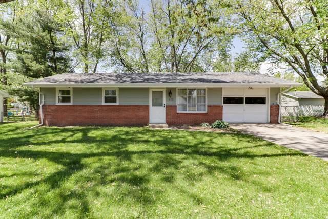 413 Standish Drive, Bloomington, IL 61704 (MLS #11112905) :: Suburban Life Realty