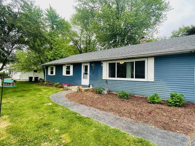 28W525 Douglas Road, Naperville, IL 60564 (MLS #11113869) :: BN Homes Group