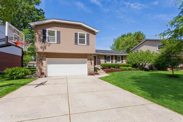 1713 Warbler Drive, Naperville, IL 60565 (MLS #11115001) :: Jacqui Miller Homes