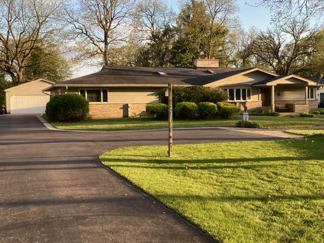 11613 Country Club Road, Woodstock, IL 60098 (MLS #11115554) :: BN Homes Group