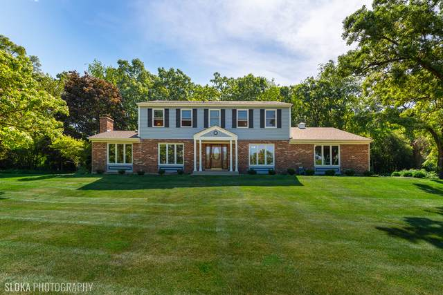 240 Indian Trail Road, North Barrington, IL 60010 (MLS #11116323) :: BN Homes Group