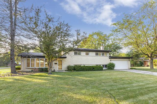 1037 Heatherfield Lane, Glenview, IL 60025 (MLS #11117455) :: BN Homes Group