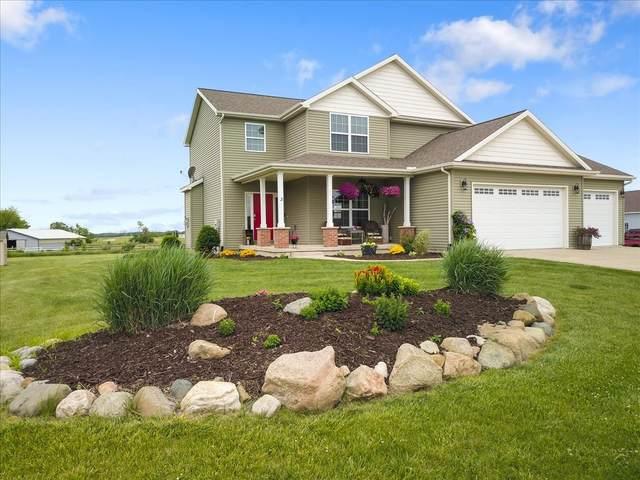3 River Run, Downs, IL 61736 (MLS #11117575) :: Ryan Dallas Real Estate