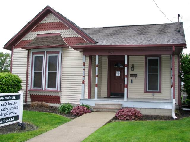 606 S Main Street, Tuscola, IL 61953 (MLS #11118078) :: Littlefield Group