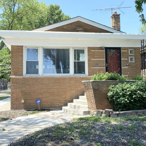 7958 S Wentworth Avenue, Chicago, IL 60620 (MLS #11118607) :: Jacqui Miller Homes