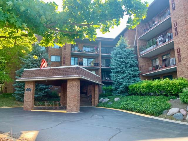 51 Old Oak Drive #402, Buffalo Grove, IL 60089 (MLS #11118644) :: BN Homes Group