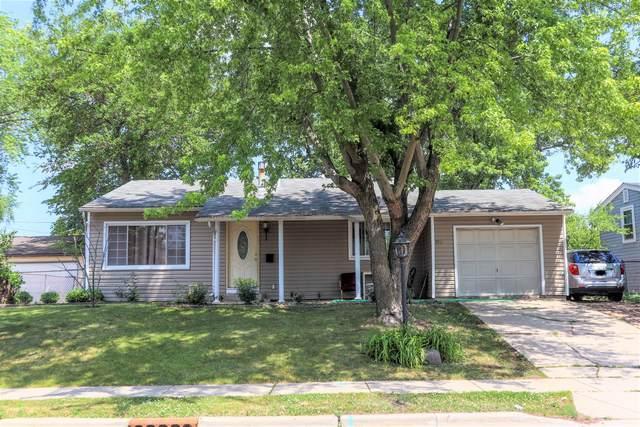 106 Golfview Lane, Carpentersville, IL 60110 (MLS #11118829) :: BN Homes Group